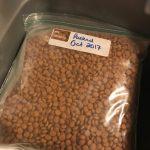 ziplock with dry cat food